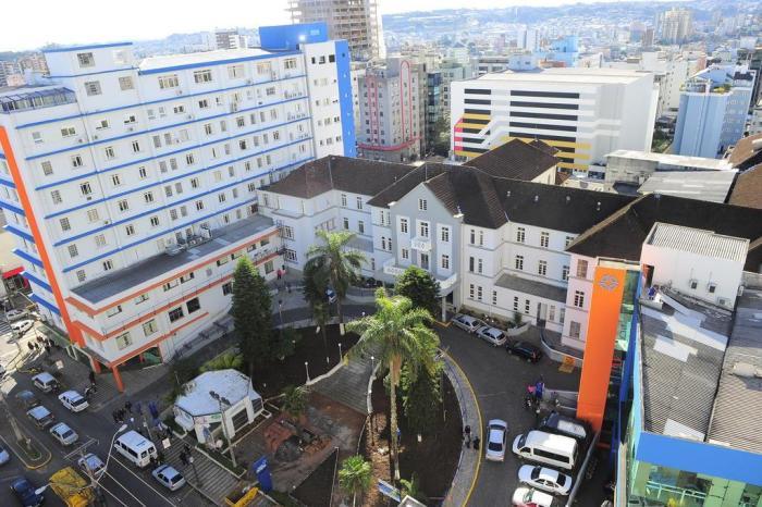 Sem reajuste, prefeitura de Caxias renova convênio com o Hospital Pompéia