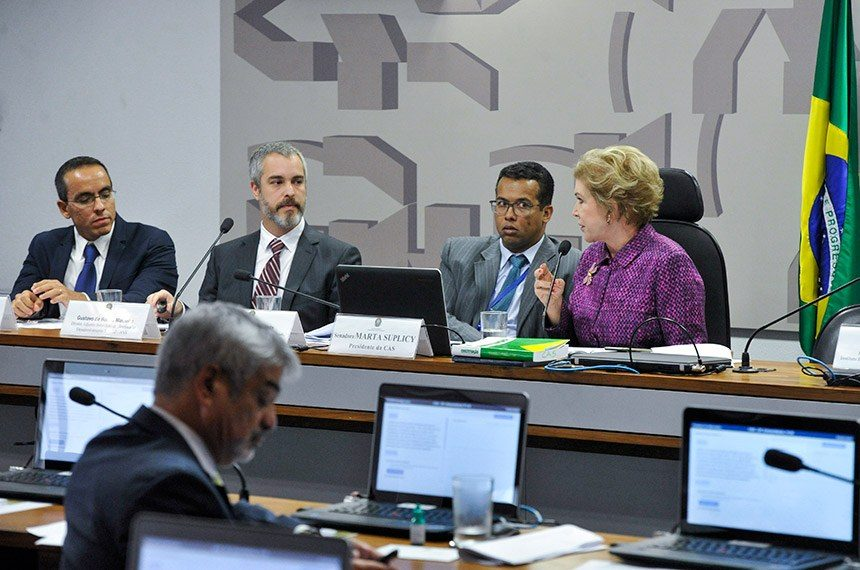 Representante da ANS admite reformular cálculo que permitiu reajuste de 10% em planos de saúde