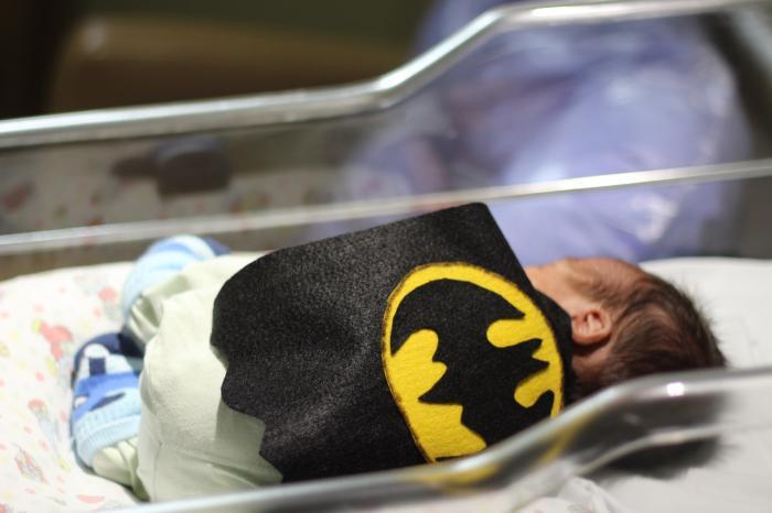 UTI Neonatal de hospital Divina Providência vira QG da Liga da Justiça