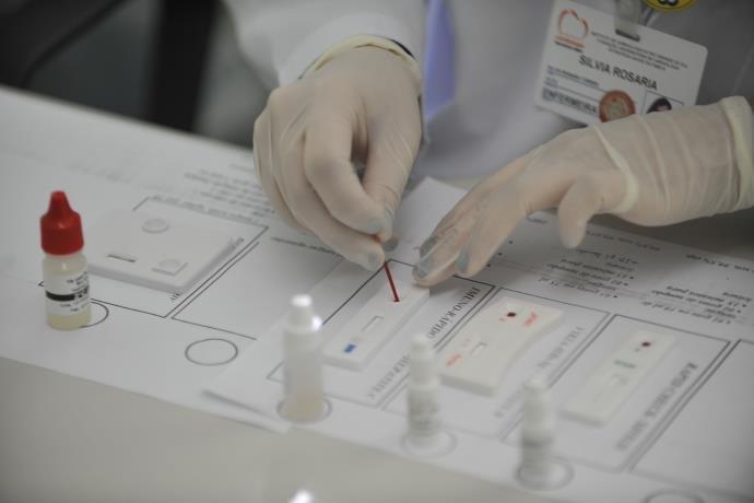 Estudo: Porto Alegre pode economizar R$ 7 milhões se usar rede própria para exames clínicos