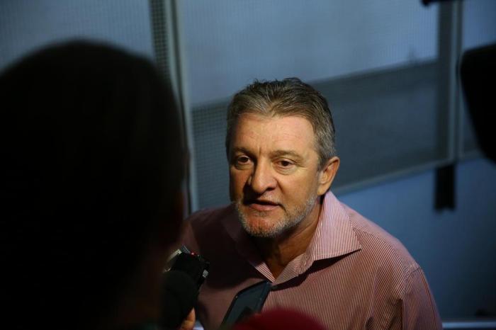 """""""A população não precisa entrar em pânico"""", afirma prefeito de São Leopoldo sobre casos de meningite"""