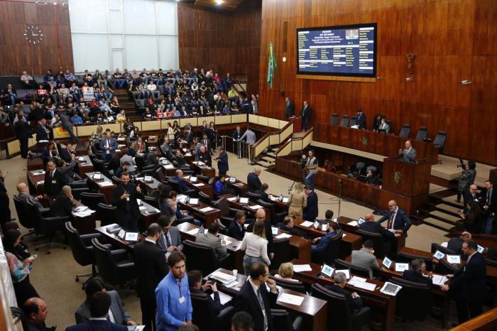 Reajuste de 3,4% no salário mínimo regional do RS é aprovado na Assembleia